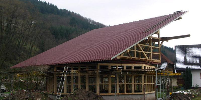 Durch die Hochsikken ist eine extreme Spannweite möglich, und garantiert eine optimale Hinterlüftung der Photovoltaikmodulen.