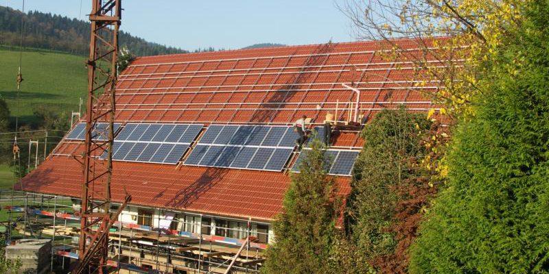 Auf dem Kornbauernhof in Oberharmersbach wurde eine 33,5 kwp Photovoltaikanlage montiert.